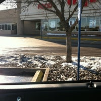 Photo taken at Hy-Vee by Joannine H. on 1/8/2013