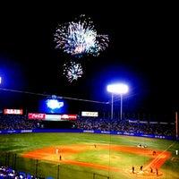 Photo taken at Meiji Jingu Stadium by s__laughter on 8/31/2013