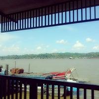 Photo taken at RM Tepian Pandan Tenggarong | Kutai Kartanegara by Isminila S. on 3/15/2014