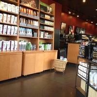 Photo taken at Starbucks by Ratana on 8/26/2012