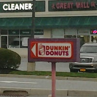 Photo taken at Dunkin' Donuts by Debbie Grier H. on 4/19/2015