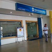 Photo taken at Bank Sumsel Babel Cabang Pangkalpinang by Andeska R. on 2/4/2013