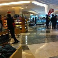 Photo taken at METRO Department Store by Shadelina E. on 3/31/2013