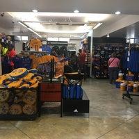 Photo taken at Tigre Tienda by Javier A. on 10/1/2016