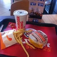 Photo taken at Burger King by Irvan e. on 10/18/2016