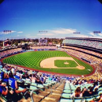 Photo taken at Dodger Stadium by onezerohero on 6/10/2013