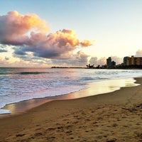 Photo taken at Isla Verde Beach - Balneario Isla Verde (La Playa) by Raul C. on 12/27/2012