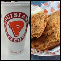 Photo taken at Popeyes Chicken and Biscuits by Michael E. on 5/22/2013