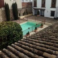 Photo taken at Puerta De La Luna Hotel Baeza by Almudena on 3/28/2016