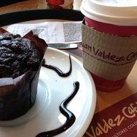 Photo taken at Juan Valdez Café by Gustavo M. on 12/31/2012