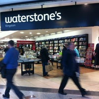 Photo taken at Waterstones by Francesca M. on 11/18/2013