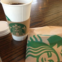 Photo taken at Starbucks by Braulio on 5/19/2013