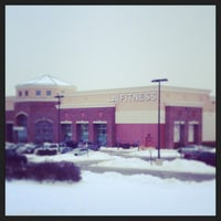 Photo taken at LA Fitness by Robert P. on 12/17/2013