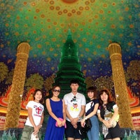Photo taken at Wat Paknam Bhasi Charoen by Mae A. on 7/20/2013