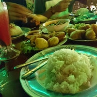 Photo taken at Sala Classic Seafood Restaurant by Akmal .. on 9/22/2016