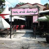 Photo taken at Nasi Arab Damsyik by Sswardah H. on 10/3/2012
