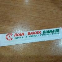 Photo taken at Ikan Bakar Cianjur (IBC) by Ash S. on 10/3/2016
