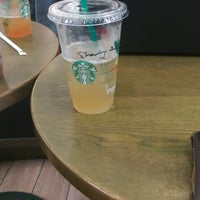 Photo taken at Starbucks by Kelvin F. on 9/21/2016