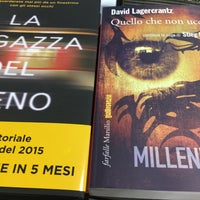 Photo taken at Mondadori Multicenter by Alfonso F. on 9/12/2015