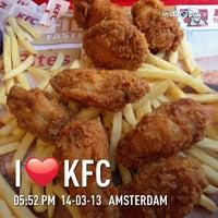 Photo taken at KFC by Glichelle C. on 3/14/2013
