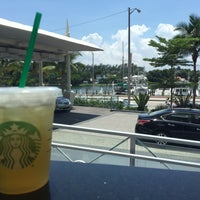 Photo taken at Starbucks by Mohammed A. on 6/13/2016