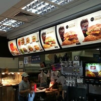 Photo taken at McDonald's by Renato Couto C. on 10/21/2012