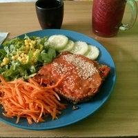 Photo taken at Polen (Comida Vegetariana) by Jaime G. on 8/16/2013