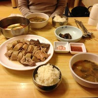 Photo taken at 호반 (순대전문점) by Pedro J. on 1/19/2013