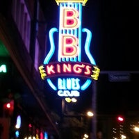 Photo taken at B.B. King's Blues Club by Cathy S. on 12/4/2012