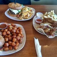 Photo taken at Buddy's Bites & Brews by Aldrich H. on 5/26/2013