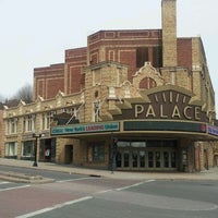 Photo taken at Palace Theatre by Jannx B. on 3/25/2013