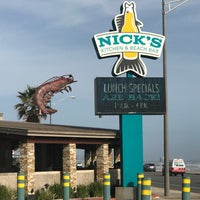 Nick S Kitchen Amp Beach Bar Seafood Restaurant In Fort