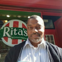 Photo taken at Rita's Water Ice by Henry Ʊ. on 9/25/2016