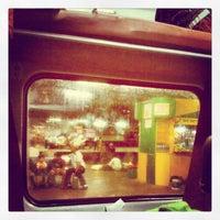 Photo taken at New Delhi Railway Station (NDLS) by Rashmi G. on 9/15/2012