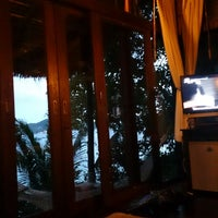 Photo taken at Koh Tao Cabana by Deenaa (. on 4/16/2013