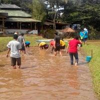 Photo taken at Lembur Pancawati by Danu P. on 11/8/2013
