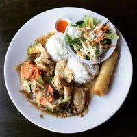 Photo taken at Street Side Thai Kitchen by Rob Mc C. on 9/7/2015