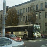 Photo taken at Charm City Circulator Purple Route - Penn Station (Southbound) - #311 by Timothy S. on 10/12/2012