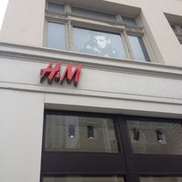 Photo taken at H&M by Melody B. on 10/30/2012