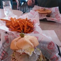 Photo taken at Cheeburger Cheeburger by Styrling W. on 7/10/2013