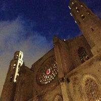 Photo taken at Basílica de Santa Maria del Mar by Josep Pitu M. on 5/25/2013