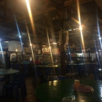 Photo taken at Salut Seafood Restaurant by Lee H. on 10/31/2016