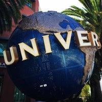 Photo taken at Universal Music Group by Hikari Y. on 10/8/2015