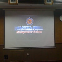 Photo taken at SMA Khadijah Surabaya by Wuryanano™ on 10/30/2012