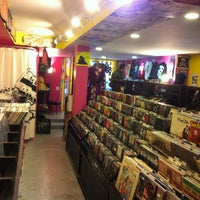 Photo taken at Smash Records by Ammar J. on 2/16/2013