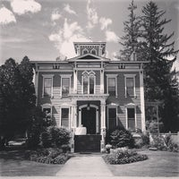 Photo taken at Mansion Inn by R.G. L. on 6/15/2013