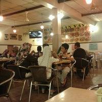 Photo taken at restoran yaya usj 16 by Mohd A. on 6/30/2013