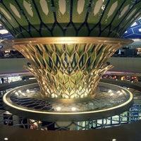 Photo taken at Abu Dhabi International Airport (AUH) by jiyoen l. on 7/27/2013