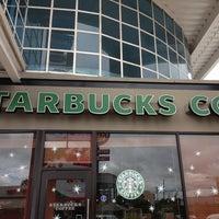 Photo taken at Starbucks by Esteban M. on 1/5/2013