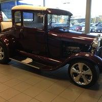 Photo taken at Bob Bell Ford Hyundai Kia by Oz BODYCON on 11/14/2013